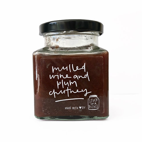 Mulled wine and plum chutney