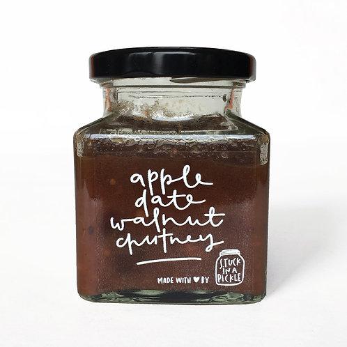 Apple, date and walnut chutney