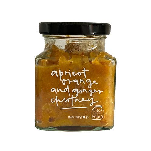 Apricot, orange and ginger chutney