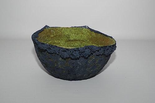 Micka lingerie vessel