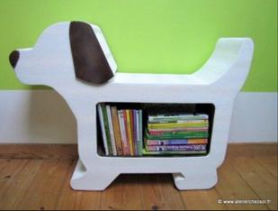 siège enfant bibliothèque chien