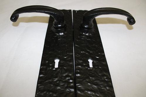 Hammered Iron Door Handle Set w/Keyhole - N14