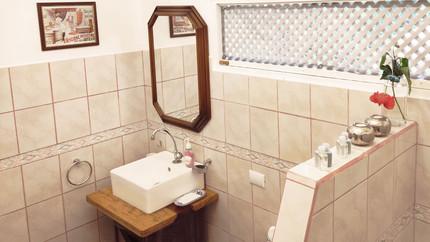 Bathroom Belvedere House