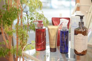 Cosmetic-goods1.jpg