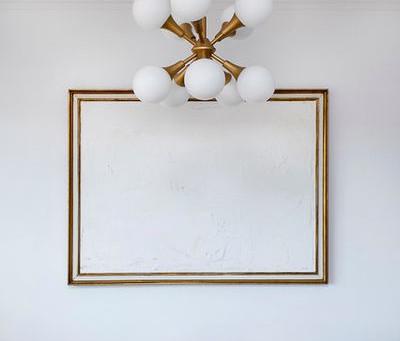 DYI | 6 idees fàcils i creatives per decorar amb marcs i quadres