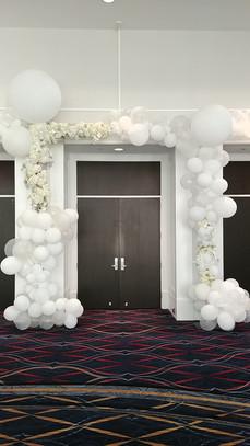 Balloon entrance gate  #bridalbouquet #bridesmaidbouquet #Babyshower #balloondecorator #balloons #weddingbackdrop #weddingdecorator #eventdecorator #weddingplanner #partyplanner #weddingdj #lighting #eventplanner #uniquedecoration #trendydecoration #balloonarch