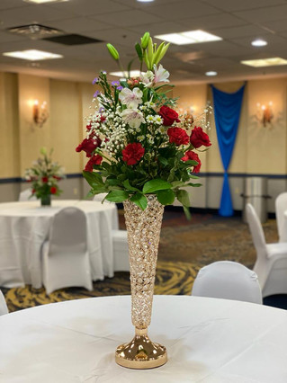Fresh Floral Decor on crystal vase
