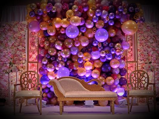 Balloon_ Floral backdrop.jpeg