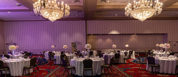 Reception table setup  #bridalbouquet #bridesmaidbouquet #Babyshower #balloondecorator #balloons #weddingbackdrop #weddingdecorator #eventdecorator #weddingplanner #partyplanner #weddingdj #lighting #eventplanner #uniquedecoration #trendydecoration #balloonarch