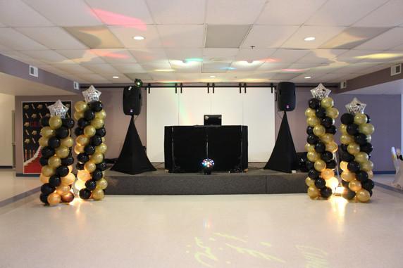 Black and Gold Balloon Columns  #bridalbouquet #bridesmaidbouquet #Babyshower #balloondecorator #balloons #weddingbackdrop #weddingdecorator #eventdecorator #weddingplanner #partyplanner #weddingdj #lighting #eventplanner #uniquedecoration #trendydecoration #balloonarch