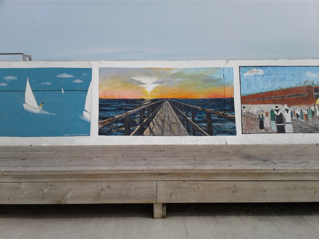 Painting on Gimli Sea Wall