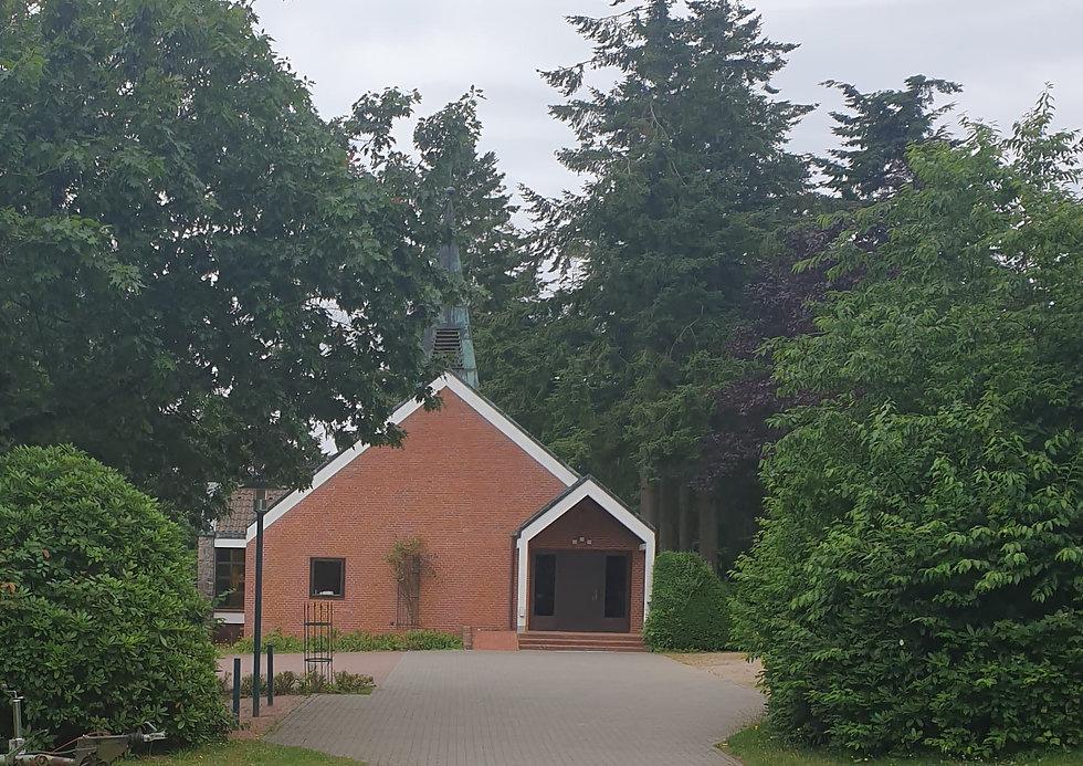 Friedhofskapelle Felde.jpg