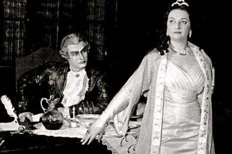 Claude as Scarpia, Monserrat Tosca