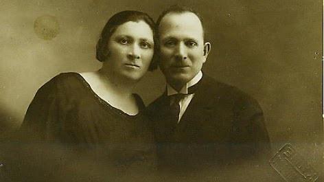 ABRAM AND ASNA MELNIK