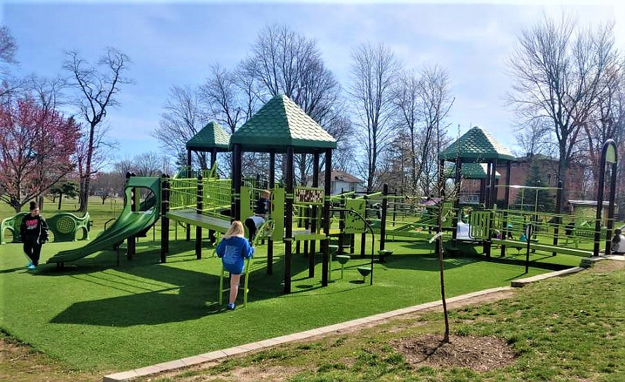 cowling park playground pic.jpg