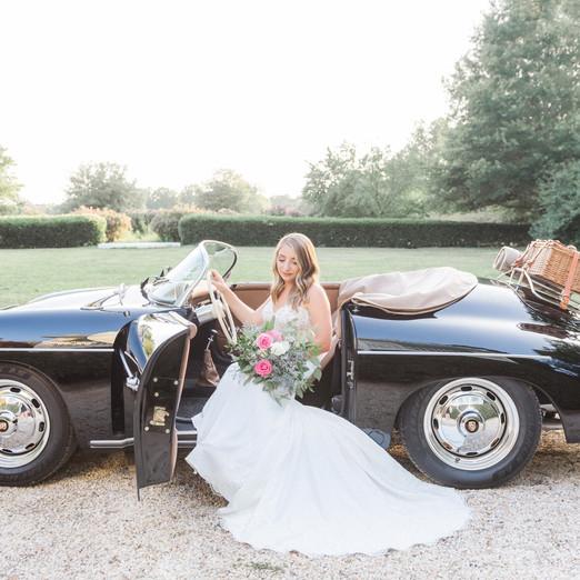 Vintage cars, peacocks and a beautiful venue!