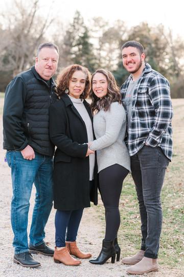 Family Portraits - 2021-38.jpg