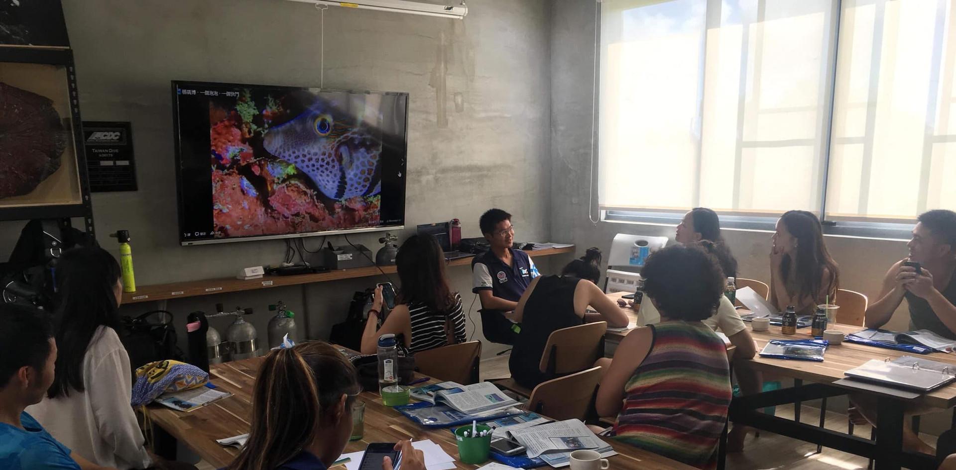 台潛渡假村 潛水教室