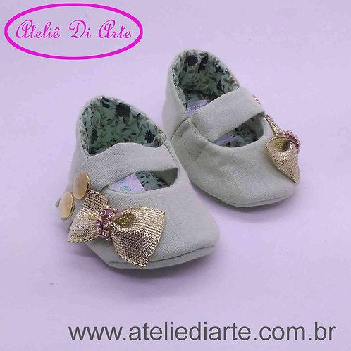 Sapatinho de bebe feminino verde de lacinho