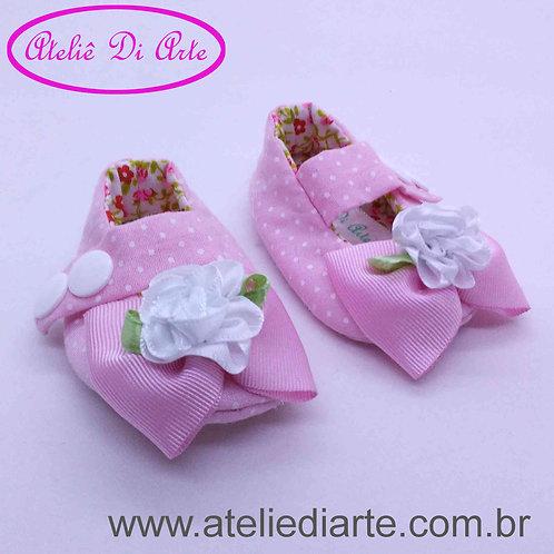 Sapatinho de bebê prematuro lacinho rosa