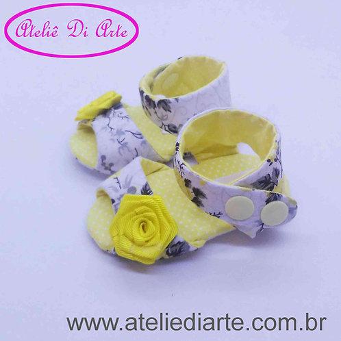 Sandalhinha Feminina flores amarelas