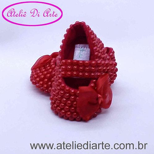 Sapatinho de bebê feminino pérolas vermelhas