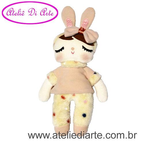Boneca artesanal tipo Metoo Doll Angela Coelha rose