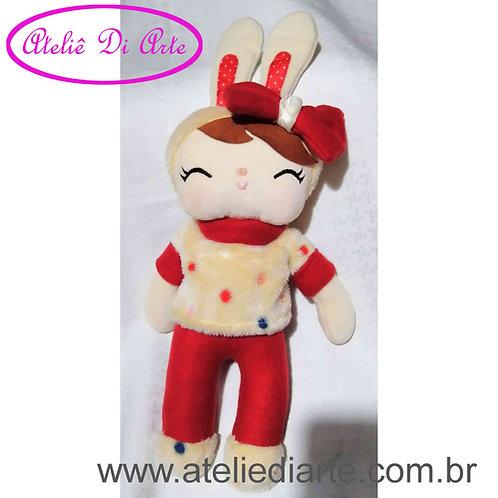Boneca artesanal tipo Metoo Doll Angela Coelha vermelha