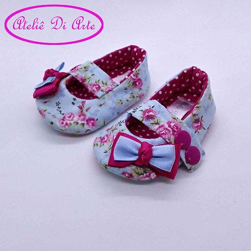 Sapatinho de bebê feminino azul e pink