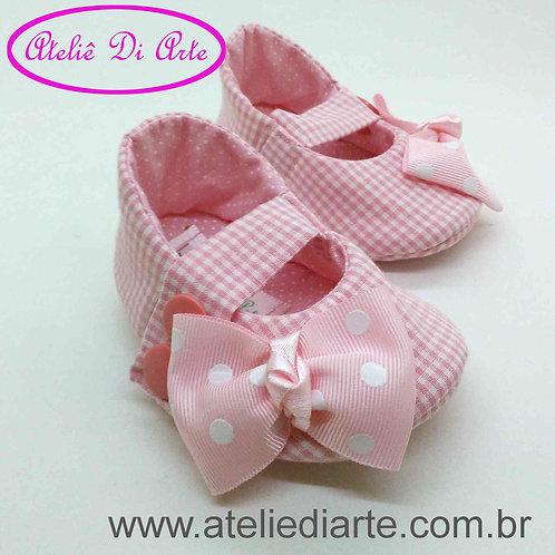 Sapatinho de bebê feminino todo rosa