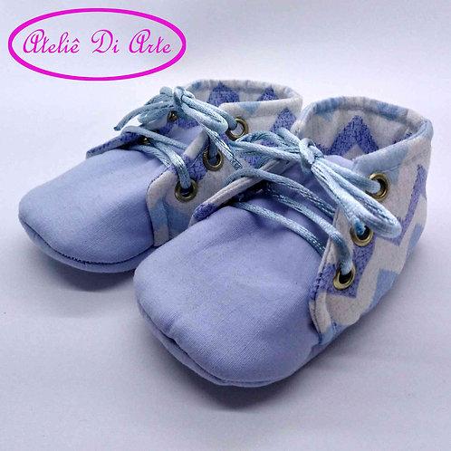 Sapatinho de bebê masculino onda azul