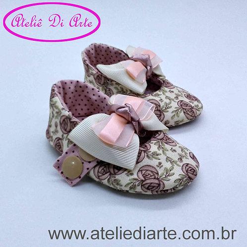 Sapatinho de bebê feminino laço branco e rosa