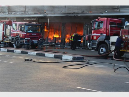 BOKSBURG NEWS: FIVE BOKSBURG STORES LEFT GUTTED BY RUNAWAY BLAZE