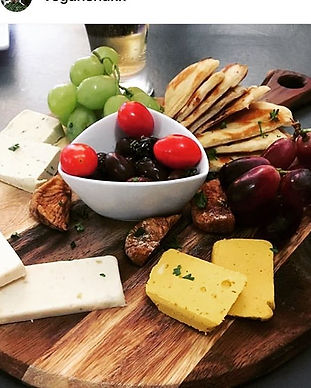 Always say yes to more cheese 🧀 (especi