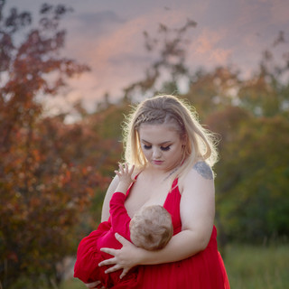 Breastfeeding portraits, Saskatoon saskatchewan