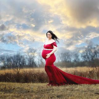 Maternity session Sskatoon Saskatchewan