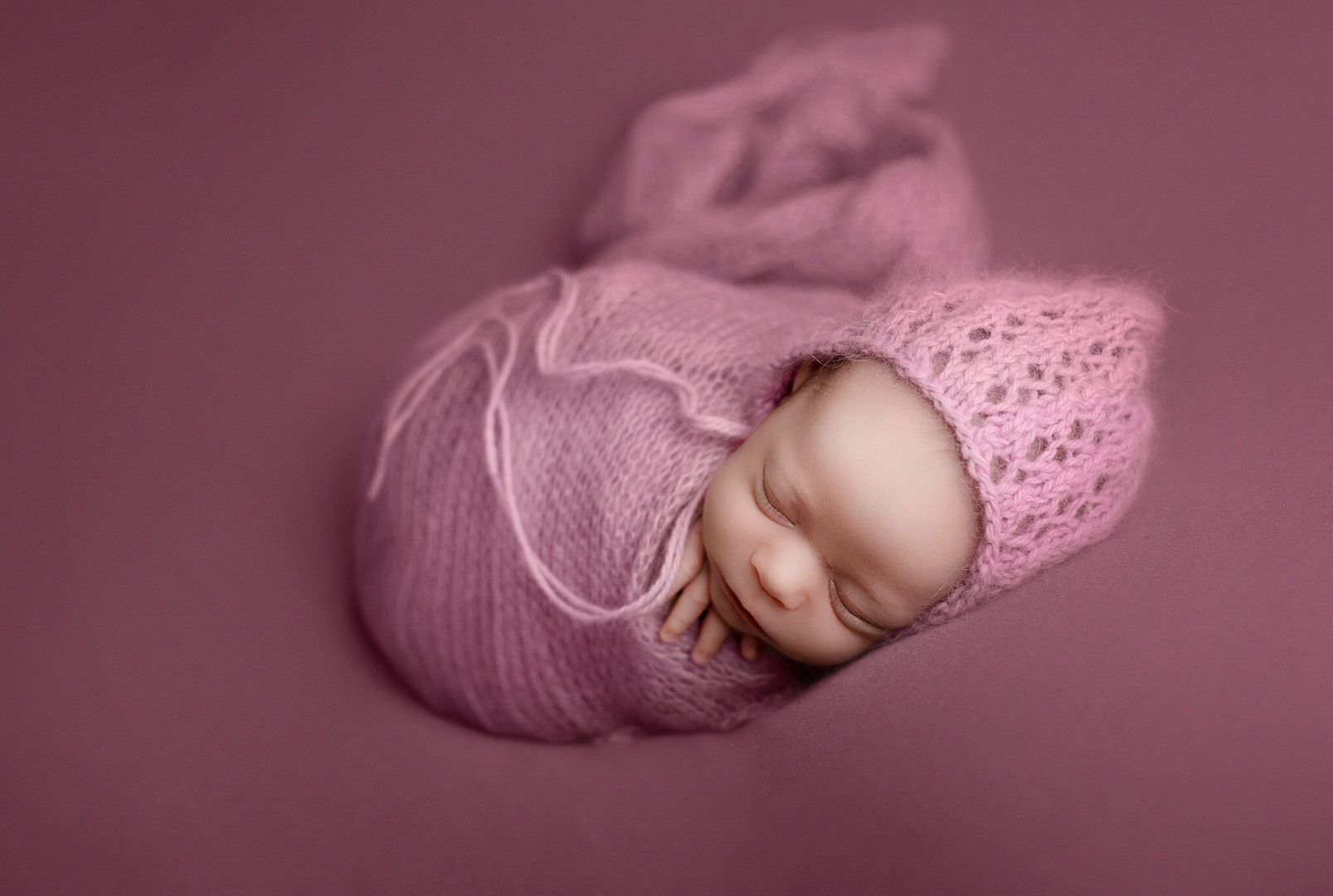 Newborn session Newborn Photographer Saskatoon, Saskatchewan Joanna Komorek Photography.jpg