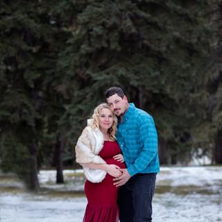 Nancy Maternity session Saskatoon Saskatchewan