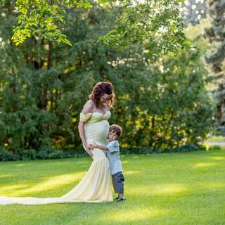 Kala Maternity session Saskatoon