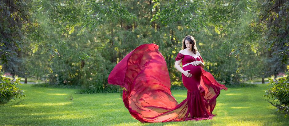 Saskatoon Maternity Photographers When to book a maternity session?