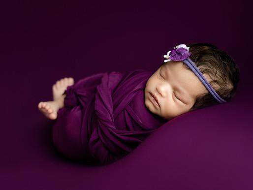 Saskatoon Newborn Photography- When to book your newborn session?