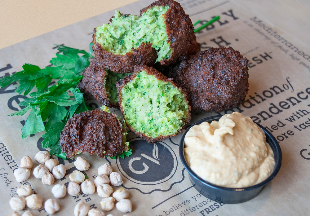 Our famous falafel with hummus
