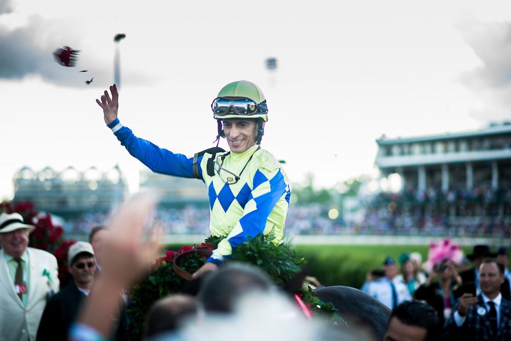 John Velázquez montando Always Dreaming gana el Derby 143. (foto Mónica Betch, Al Dia en America)
