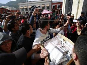 López Obrador gana la presidencia de México, según sondeos