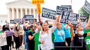 Miles de mujeres marchan en Estados Unidos en defensa del derecho al aborto