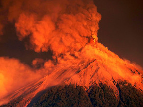 Por quinta vez entra en erupción Volcán de Fuego en Guatemala