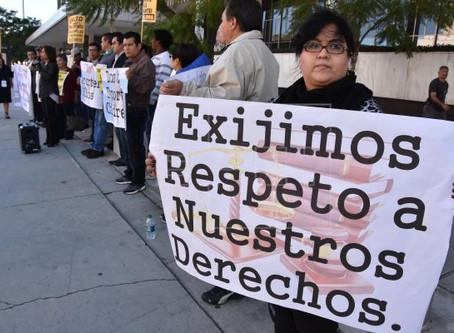 Demanda pide a corte de EE.UU. parar alza de tarifas por trámites migratorios