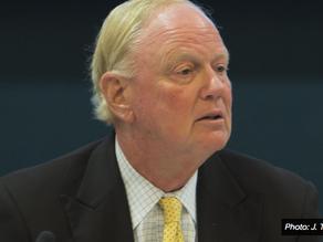 UofL demanda al ex Presidente Ramsey y otros líderes