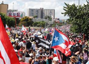 Manifestantes y artistas vuelven a unirse en Puerto Rico contra Roselló