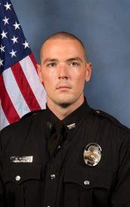 Oficial Nicholas R Ulery, LMPD.